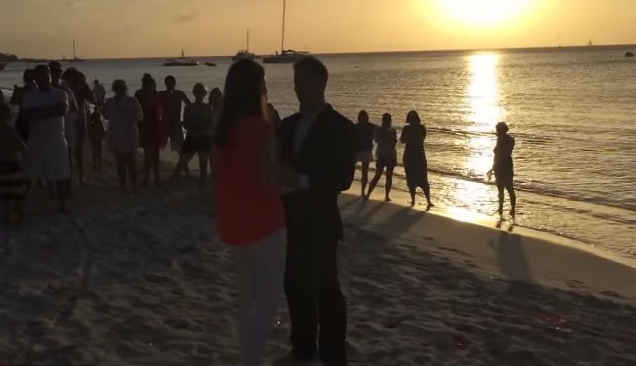 L'incroyable demande en mariage en 365 jours !