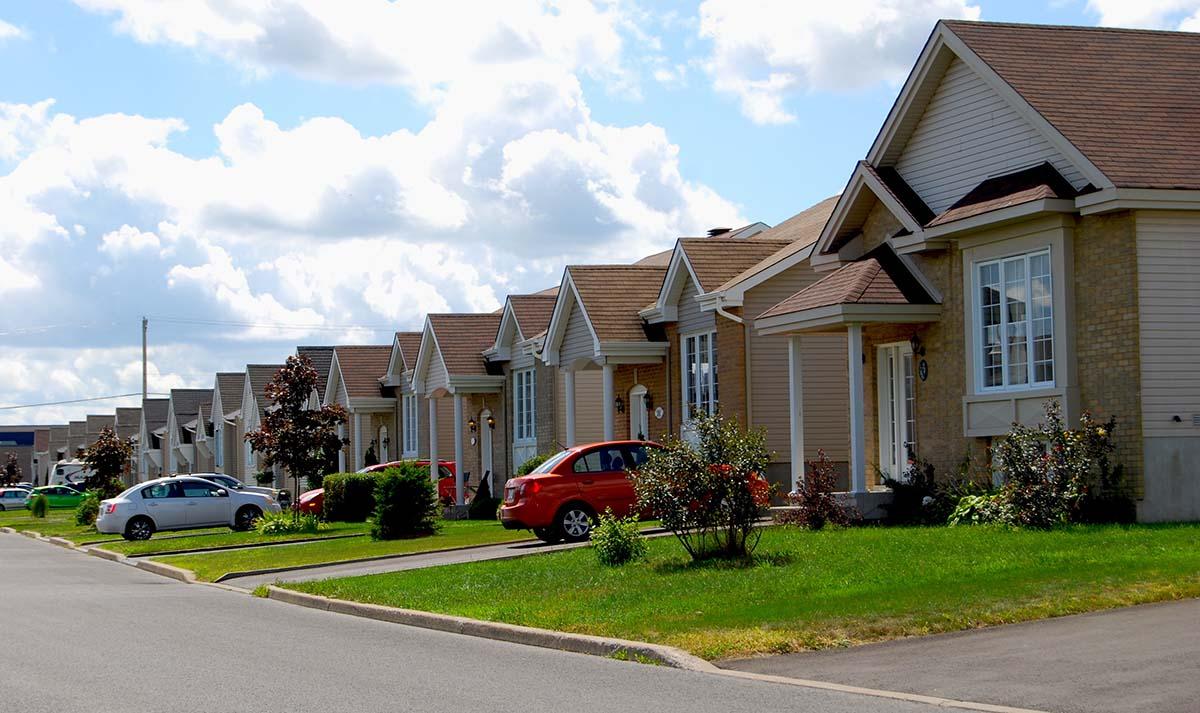 Une maison tout fait normale jusqu 39 ce qu 39 on mette les for Maison a l americaine