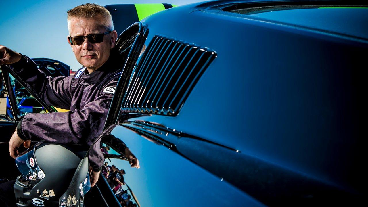 Il prépare une Mustang 1968 électrique pour battre des records !