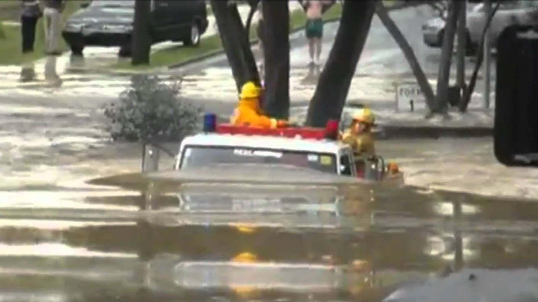 Les pompiers ont une énorme volonté, leurs camions aussi !