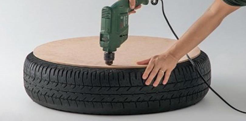 Il a fait un trou dans un pneu…lorsqu'il a fini j'étais jaloux de sa création
