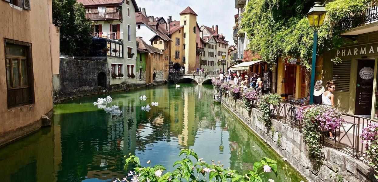Annecy : quelle agence immobilière choisir ?